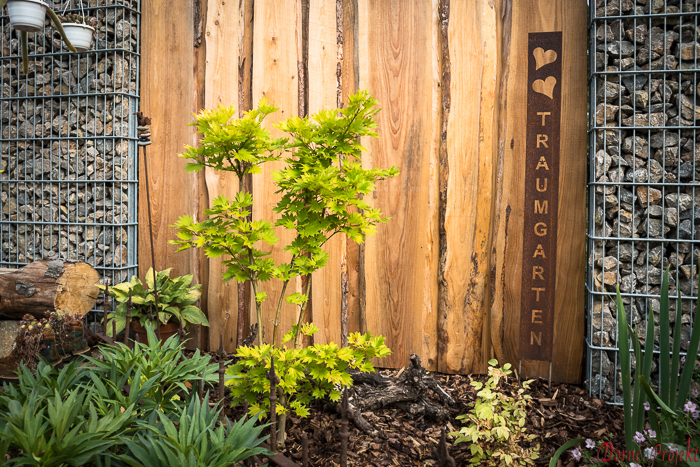 privater Garten mit verschiedenen Gartenräumen
